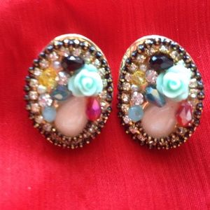 Multicolored stones earrings