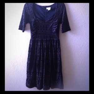 Anthropologie, navy blue Geo Burnout velvet dress