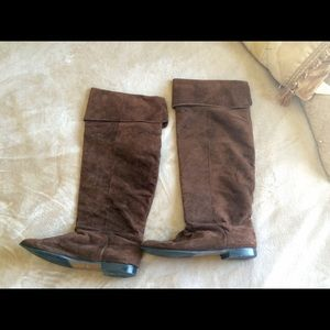 Brown tall suede boots
