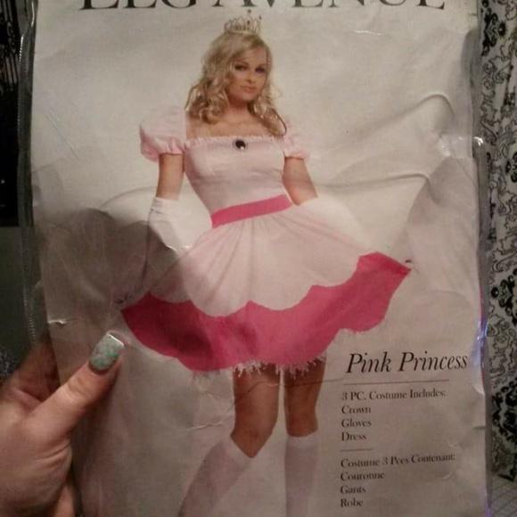 M_54ee38ef99086a7c4f0012ee  sc 1 st  Poshmark & leg avenue Other   Sexy Princess Peach Costume Mario Brs Princes ...