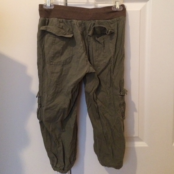 47% off Papaya Pants - Olive green cargo capris from Gabby's ...