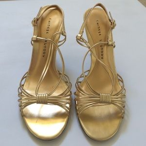 CHINESE LAUNDRY Gold Metallic Heels