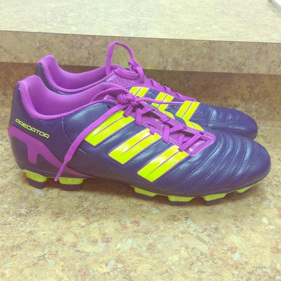 Adidas Shoes - Women s Adidas neon Predator Soccer Cleats Size 8 624ec54076d6