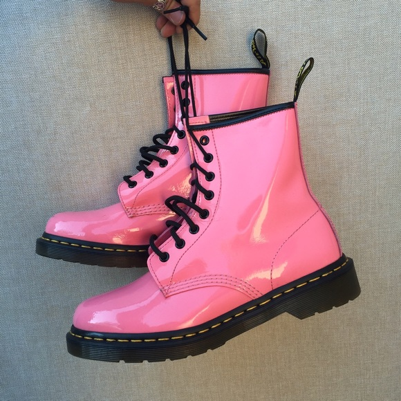 Dr. Martens Boots - DR MARTENS SZ 9 PINK PATENT LEATHER BOOTS SHOES 34209a790b96