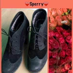 Sperry Top-Sider Shoes - 💛Sperry wing tip platform booties💛