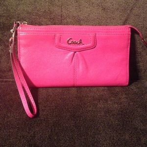 COACH ASHLEY LEATHER ZIPPY WALLET/ WRISTLET #48124
