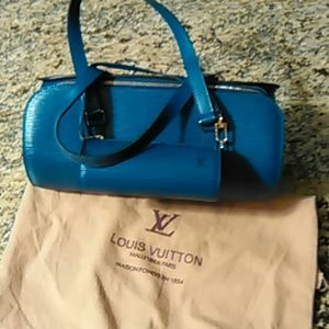 Authentic louis vuitton soufflot epi