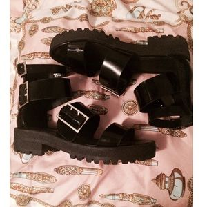 💜ASOS Leather Buckle Sandals💜