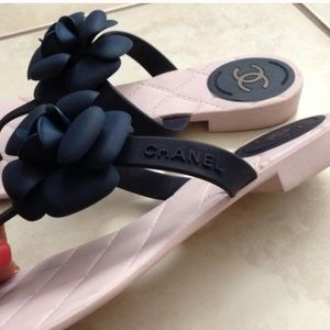 95d480919 CHANEL Shoes - Authentic Navy Blue and Pink Camellia Flip Flops