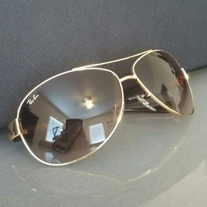 Ray ban sunglasses. Authentic!