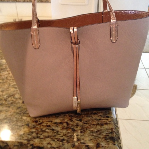 9d024c95b88 Steve Madden 3 in 1 reversible tote. Gold/nude