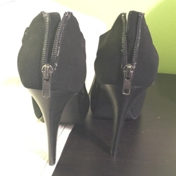 63 jcpenney shoes 9 co black high heels from