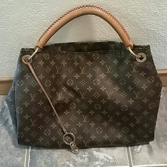 bde81bac9c6 Louis Vuitton Artsy Mm Bag Sizes