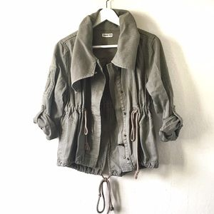 Hang Ten Jackets & Blazers - Cropped olive cotton jacket