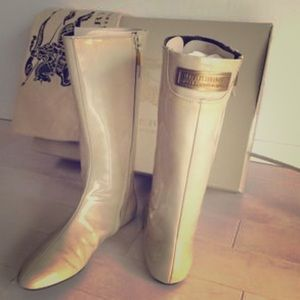 Authentic BURBERRY Patent Leather Boots, Sz 37