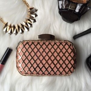 Sleek Cut Out Diamond Blush Metal Hard Case Clutch