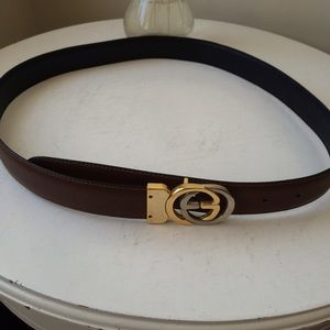 AUTH. Gucci reversible two tone belt