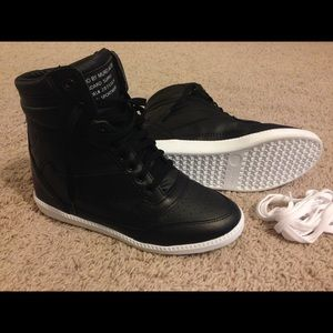 NEW black wedge sneakers.