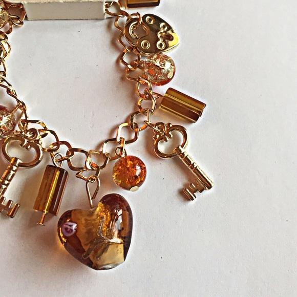 Jewelry - ❗️🚫SOLD❗️Lover's Key' Charm Bracelet
