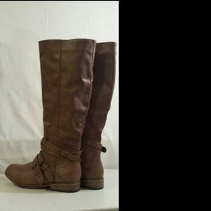 Shoes - Tall light brown 3 buckle clasp, riding boots