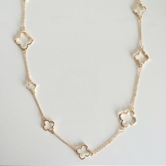 Fresh Nwt Bancroft Trisha Clover Charm Layer Necklace   Poshmark ZU38