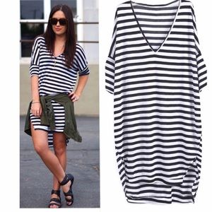 New Gorgeous Striped V-Neck Loose Dress❤️