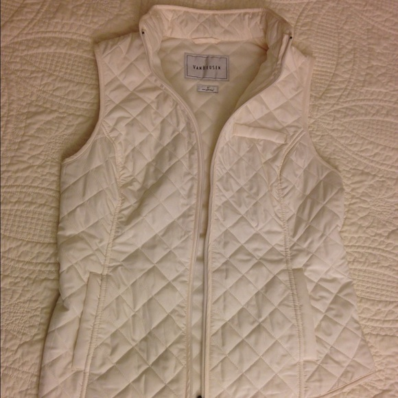ea5381ebc8a New Van Heusen Cream Vest in a Women S!