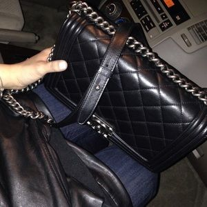 CHANEL Handbags - Chane Le Boy bag in Lambskin med. size
