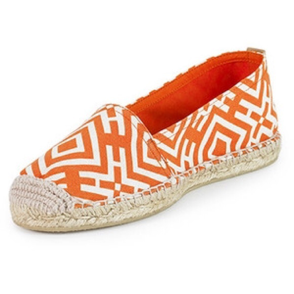 3efcc20e316 Tory Burch Clubhouse Espadrille made in Spain