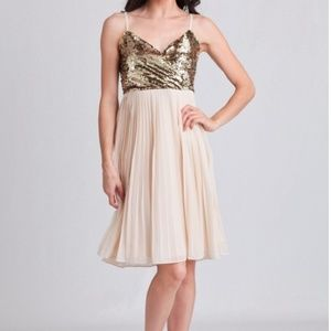 Alythea Dresses & Skirts - Gold and cream dress
