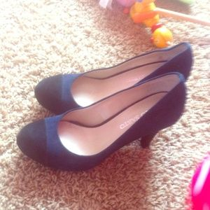 Franco Sarto Blue and Black Pumps