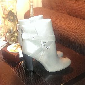 Super Cute Brand New Leather Sole Society Boots!