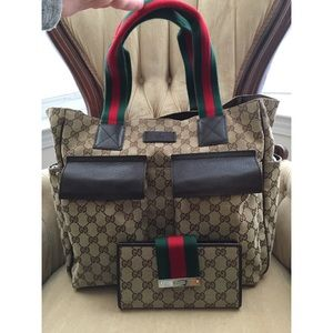 Gucci Handbags - Authentic Gucci Tote and Wallet