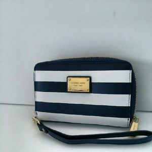 61cab56d1fc2 Michael Kors Bags - Michael Kors wallet wristlet navy blue stripes