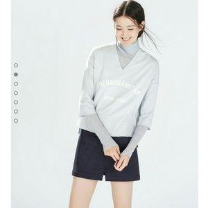 ZARA V-neck Sweatshirt
