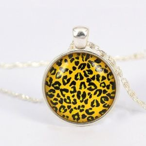 Jewelry - (E2) Leopard Necklace