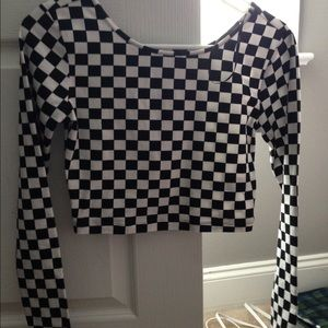 F21 Checkered Long sleeve crop top