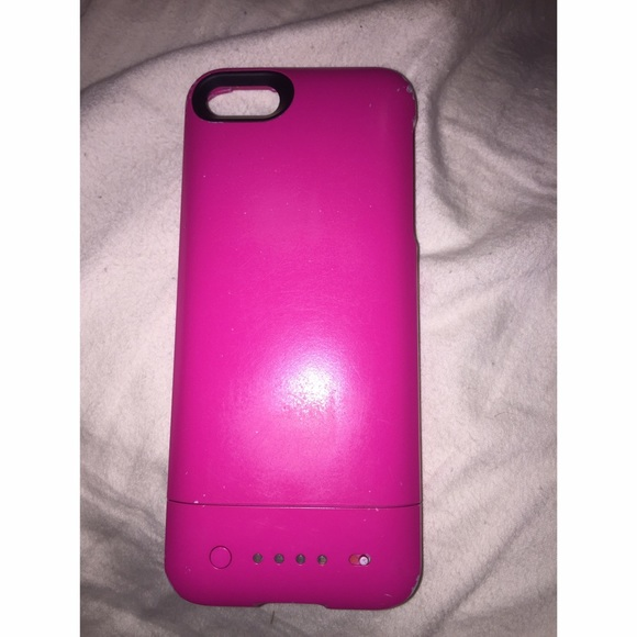 competitive price 86629 7e40d Pink iPhone 5 & 5s mophie charging case