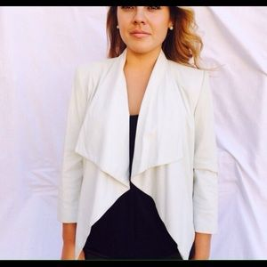 Alice & Olivia White soft leather jacket