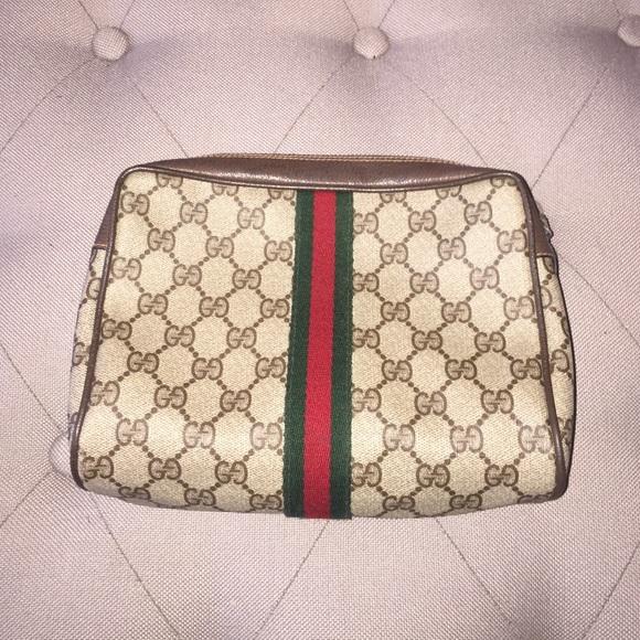 d920c962b1e13e Gucci Clutches & Wallets - Authentic Vintage Gucci cosmetic bag