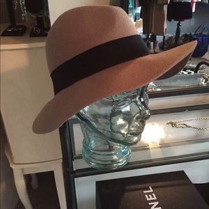 Express Accessories - Express camel fedora