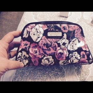 Jessica Simpson Handbags - Authentic Jessica Simpson Makeup Bag