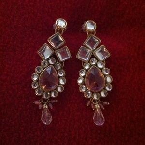 Jewelry - Sparkly kundan earrings