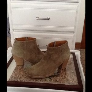 Madewell Brown suede boot