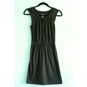 Old Navy | Casual Key-Hole Dress