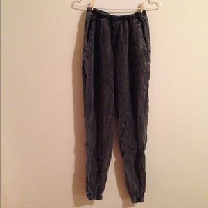 BRANDY MELVILLE ACID WASH JOGGERS