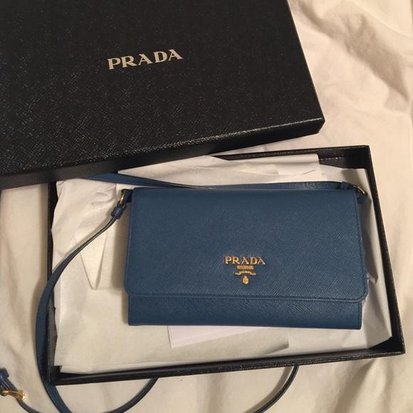 071f325ab5fe Prada wallet on chain. M 54f3eb20322bdc5a351a9073