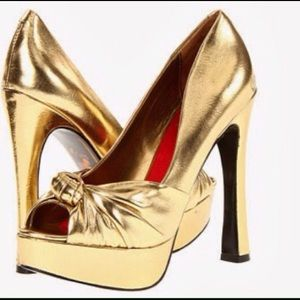 Sam Edelman Shoes - Sam Edelman gold heels