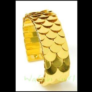 Gold Mermaid Scale Cuff Bracelet