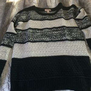 Forever 21 Sweaters - Black and white sweater